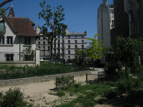 La Villette square st laurent.jpg
