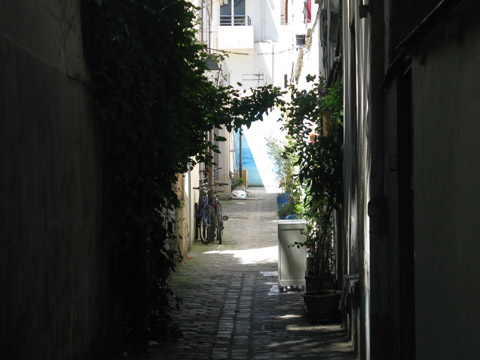 Pre Lachaise impasse st pierre.jpg