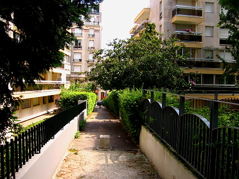 Charonne passage stendahl.jpg