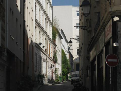 Pre Lachaise rue ligner.jpg