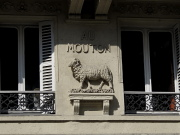 Quartier Latin mouton rue du four.jpg