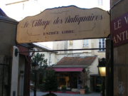 Paroisse village antiquaires.jpg